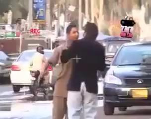 Kahan Jaa Rahay Ho ;) Funny Pakistani Prank Video