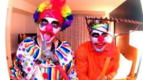 Killer Clown Scare Massacre Prank