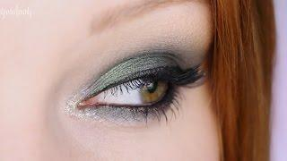 Holiday Makeup | Green Smoky Eye Tutorial