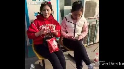 Funny Chinese videos - Prank chinese 2017 can't sasdtop laugh