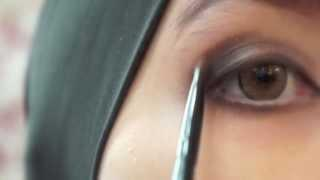 1st Makeup Tutorial - Natural Smokey Eyes By Ellen