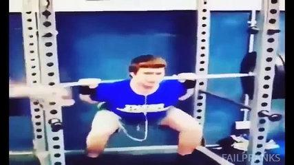 Funny Gym Fails 2015  Some Funny People Movements in Gym HD