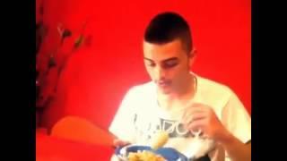Qa E Kishan Hanger Ni Pizze [ Albanian Vines ]