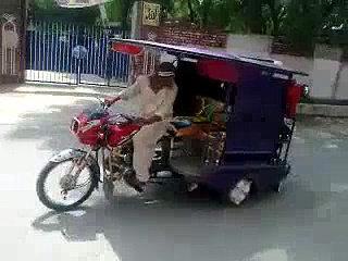 Funny Auto Driver...