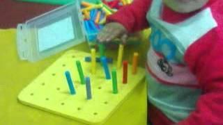 التعليم باستخدام برنامج Montessori  2