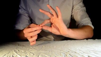 3 Incredible Pen Magic Tricks (Vanish, Production & Shrink) - Tutorial
