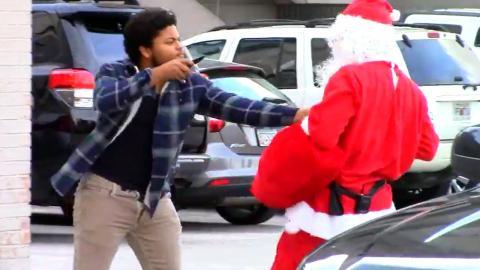 Santa Almost Dies