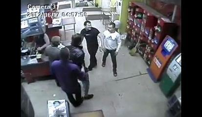 Store Clerk Puts Man To Sleep - Funny Fight