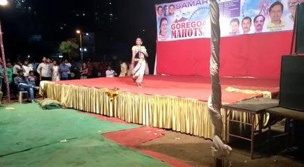 FULL ENTERTAINMENT FUNNY DANCE