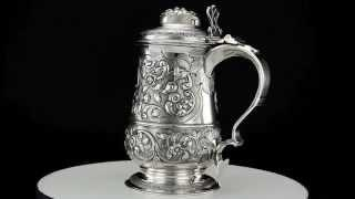 ANTIQUE 18thC GEORGIAN SOLID SILVER EMBOSSED LIDDED TANKARD JOHN KING C1768