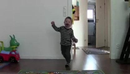 Funny Babies Dancing Videos