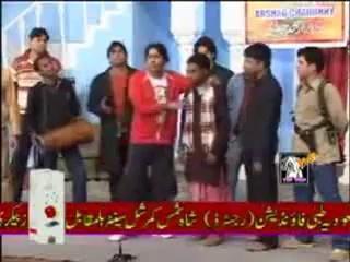 Funny Punjabi Stage Qawali - Arman Ta Lagda Aye