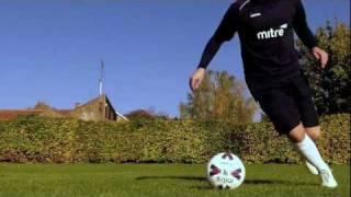 Learn Ronaldo/Neymar Turn - How To Football Soccer Skills