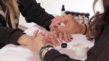 DIY Glitter Nail Art Tutorial