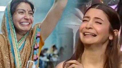 Indian Idol 10: Anushka Sharma RECREATES funny crying meme from Sui Dhaaga | FilmiBeat