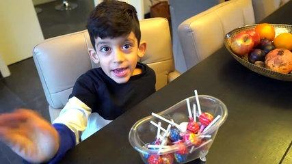 Funny Kids Eating Giant Candy Lollipops! Funny