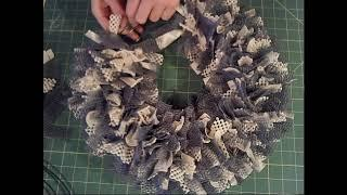 Shelf liner wreath tutorial, How to make a shelf liner wreath, DIY wreath tutorial