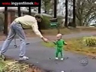 Funny Babies Falling-Funny Videos at funnsource.blogspot.com