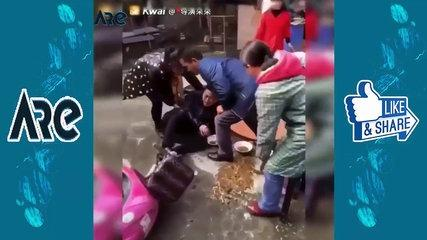 WhatsApp Funny - - Funny Girls Fails Compilation -