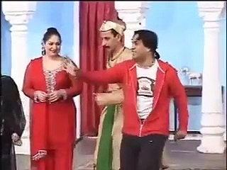 Funny Pakistani Clips Punjabi Stage Drama video New Funny Clips Pakistani 2013 (1)