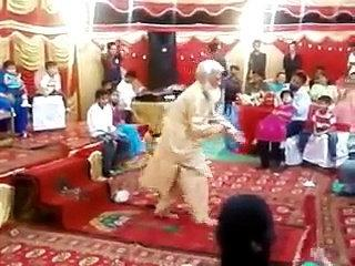 Mast Mulla Dancing On Wedding - Funny Molvi Dancing Crazy - Pakistani Funny Videos