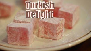 Eating Turkish Delight And Drinking Turkish Tea In Istanbul, Turkey (İstanbul'da Türk Lokumu Yemek)