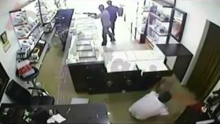 Crazy Jewelery Robbery In Albania With AK 47  !!!