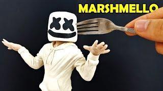 Como hacer a MARSHMELLO con MALVAVISCOS y Plastilina | Eating MARSHMELLO Clay tutorial