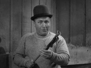 The Three Stooges E26 Playing The Ponies 1937 Curly, Larry, Moe