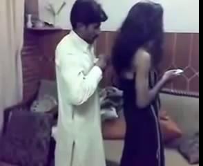 Pakistani Funny Very Hot Video 1) New Funny Clips Pakistani 2013