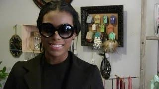 How To Choose A Style Of Sunglasses : Dressing Up