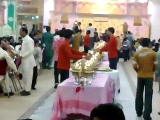 it Happens only in ____________  (Funny Wedding)_(640x360)