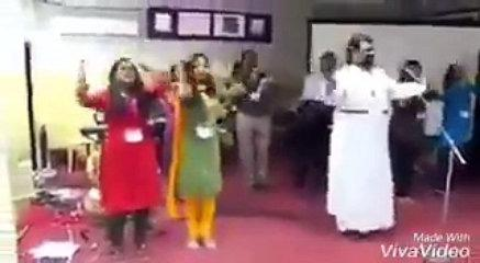 Funny Dance With Tamil Song