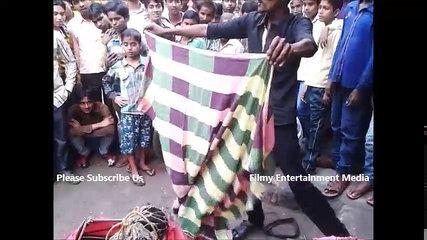 Funny Road Side Entertainer Indian Desi Style